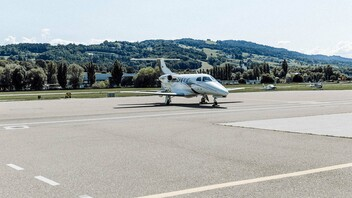 Peoples Business & General Aviation LSZR